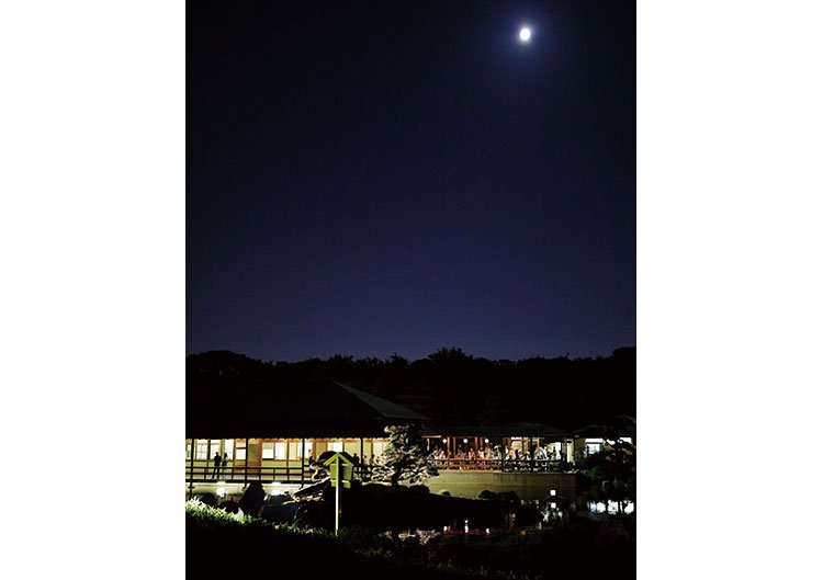 大仙公園 日本庭園 秋の夜間特別開園「観月」