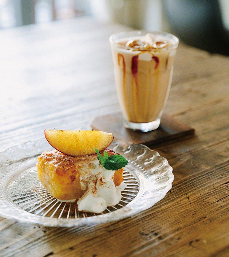 THE LANE CAFE  ザ レーンカフェ